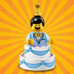 LEGO® Minifigur 71021 Birthday Cake Guy