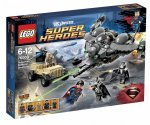 LEGO Super Heroes 76003 Superman Striden i Smallville